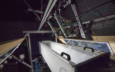 Wind tunnel equipped with 13 cameras for automated 3D tracking of flying insects.